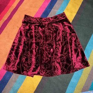 Forever 21 maroon velvet skirts Size Small